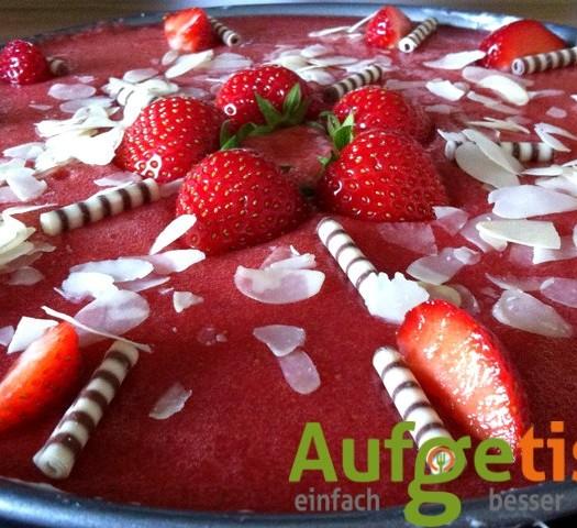 erdbeer-mohn-torte