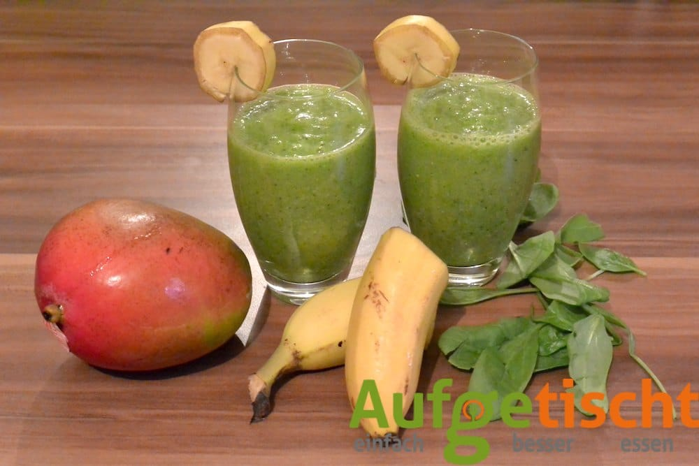 Grüner Smoothie mit Mango und Banane - gruener smoothie mango banane 2 - 6