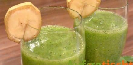 Grüner Smoothie mit Mango und Banane - gruener smoothie mango banane 3 - 2
