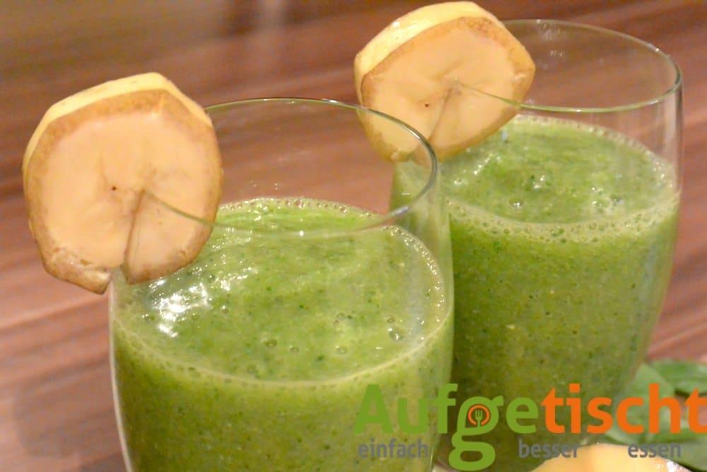 Grüner Smoothie mit Mango und Banane - gruener smoothie mango banane 3 - 8
