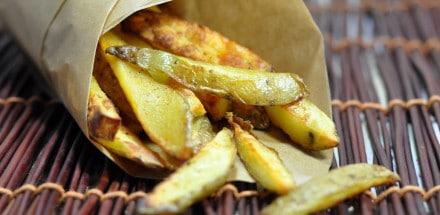 Selbstgemachte BBQ Kartoffelsticks - die Burger Beilage - potatosticks2 - 3