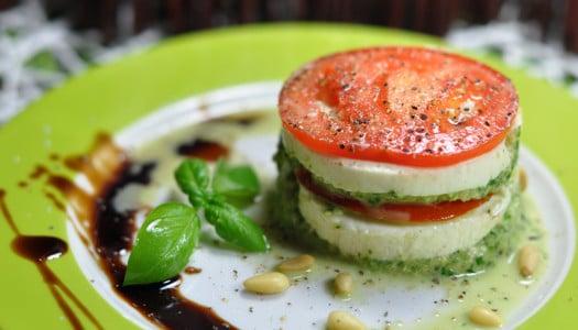 Tomaten-Mozzarella Törtchen