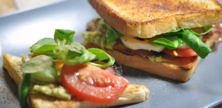 Mit dem Avocado-Speck-Toast zur Geschmacksexplosion! - avocadotoast5 - 3