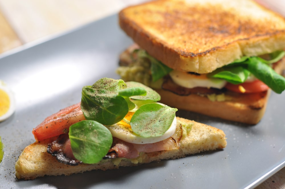 Mit dem Avocado-Speck-Toast zur Geschmacksexplosion! - avocadotoast6 - 11