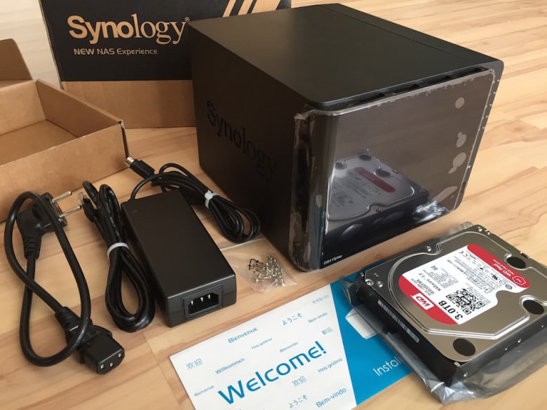 synology-diskstation-ds415play-unboxing-05