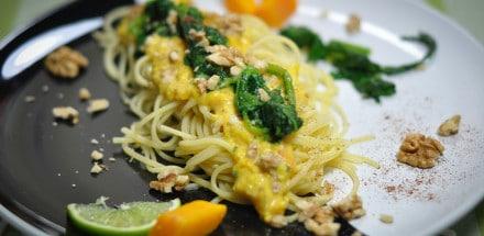 Spaghetti mit Kürbis, Walnüssen und Blattspinat - kürbisspagetti2 - 7