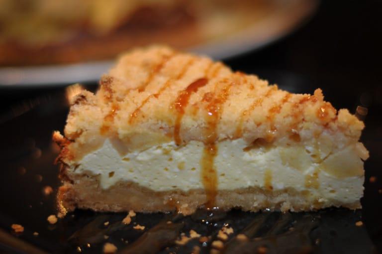 Cheesecake trifft Apfelstreuselkuchen - cheesecake apfelstreuselkuchen3 - 20