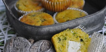 Polenta Bärlauch Muffins mit Feta Kern - polenta bärlauch muffins2 - 2