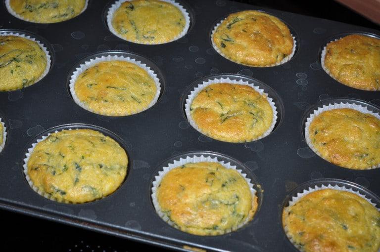 Polenta Bärlauch Muffins mit Feta Kern - polenta bärlauch muffins4 - 6