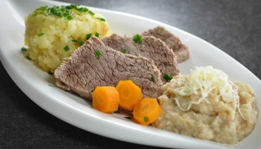 Tafelspitz mit Semmelkren und Kartoffelsterz