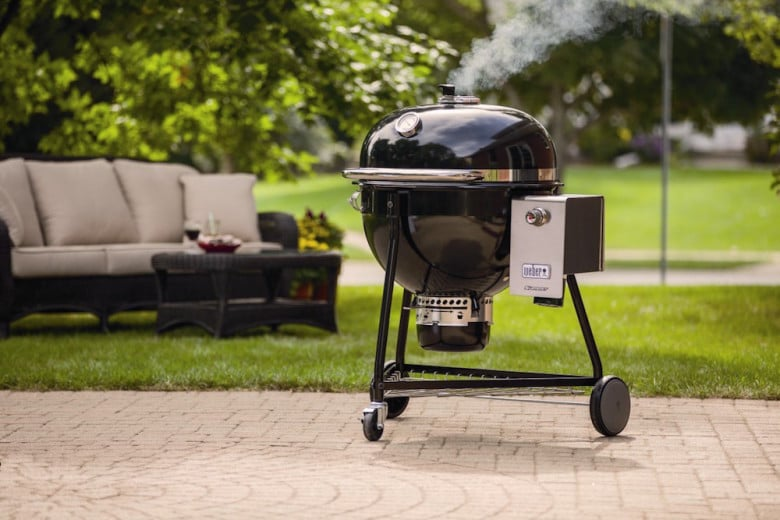 weber-summit-charcoal-grill-01