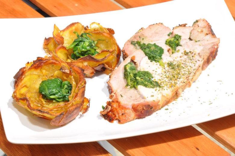 Karreerose mit Erdäpfel und Blattspinat auf der Grill & BB Staatsmeisterschaft