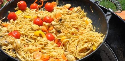 Curry aus dem Wok und direkt vom Grill - curry wok - 2