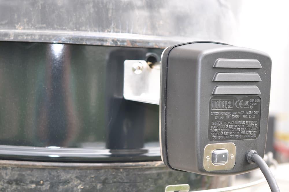 Weber Holzkohlegrill Gebrauchsanweisung : Weber drehspieß das kann die rotisserie aufgetischt