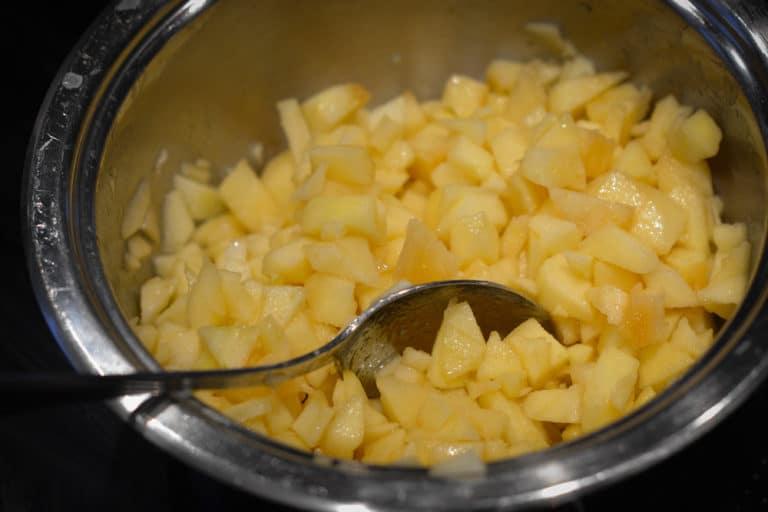 Apfelstücke nach Bratapfel art