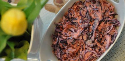 saftig fruchtiger rotkrautsalat