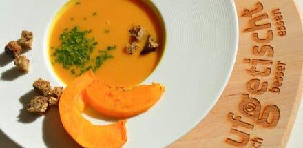 """Kürbis Karotten Kokos Suppe - unsere """"3K"""" Lieblingssuppe - kürbis karotten kokos suppe - 4"""