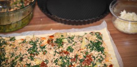 mediterran gefüllte Pizzaschnecken