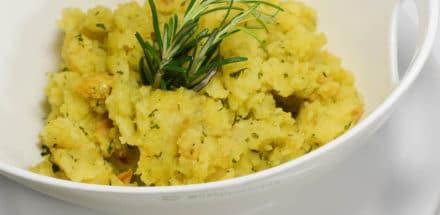 Geräucherte Lammlachse in Kräuterkruste - kartoffelsterz - 11