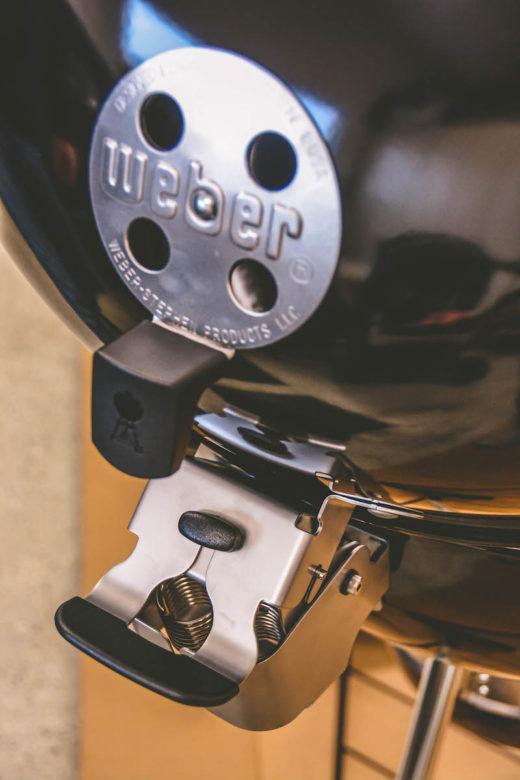 Temperatursteuerung beim Kugelgrill – So klappt es! - weber master touch premium unboxing 09 - 4