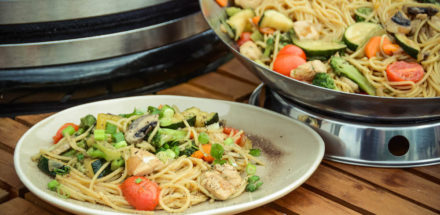 Wok vom Grill - lecker, leicht & abwechslungsreich unsere Asiapfanne - wok am keramikgrill 028 - 20