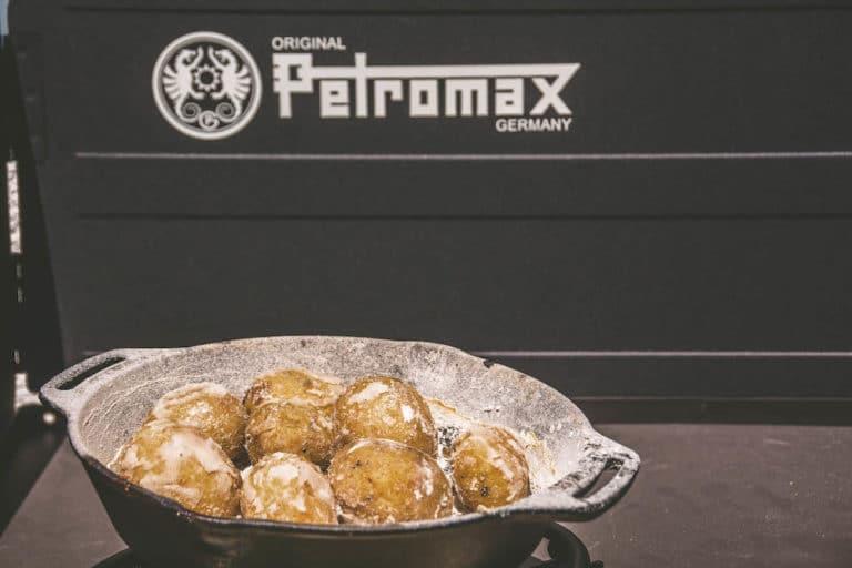 "Kartoffeln mit Salzkruste vom Grill - ""Papas arrugadas"" - salzkartoffeln 016 - 17"