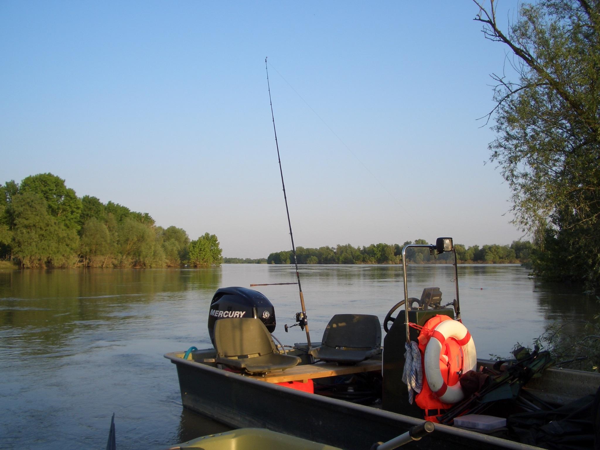 """Wallercamp """"großer Fluss"""" am Po"""