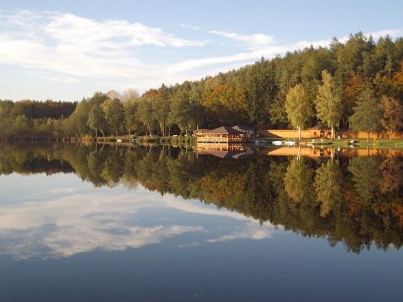 Holzöstersee Spiegelungen
