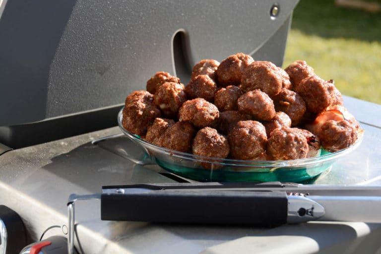 Fleischbällchen in Mozzarella Tomatensauce aus dem Dutch Oven - fleischbällchen in tomatensauce 01 - 8