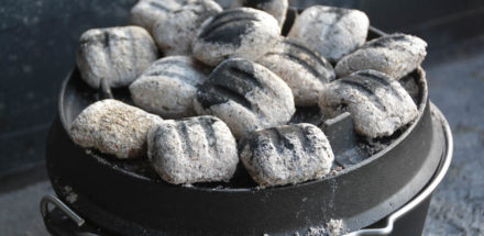 Einfaches Joghurtbrot im Dutch Oven backen - joghurtbrot dutch oven 03 - 16