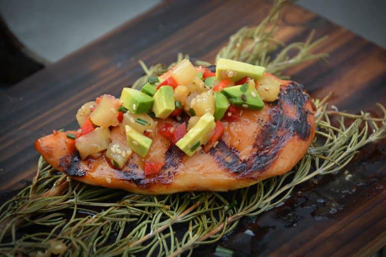 Saftiges Chicken Hawaii vom Grill - saftig gegarte Hühnerbrust vom Grill
