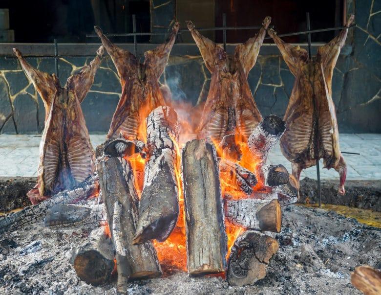 Argentinisches Asado ist Barbecue in seiner puristischsten Form