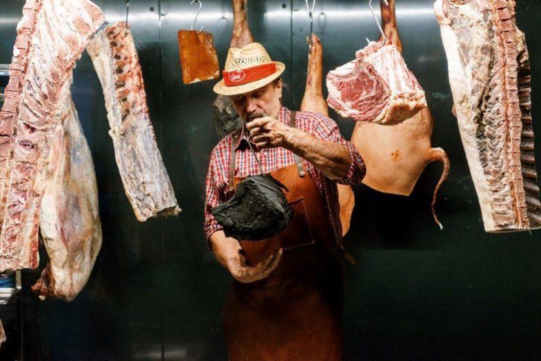 Fleischreifung bei Leo Gradl in seiner genialen Fleischreifekammer