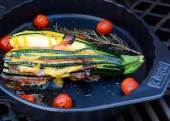 Gefüllte Fächerzucchini vom Grill - die perfekte Grillbeilage