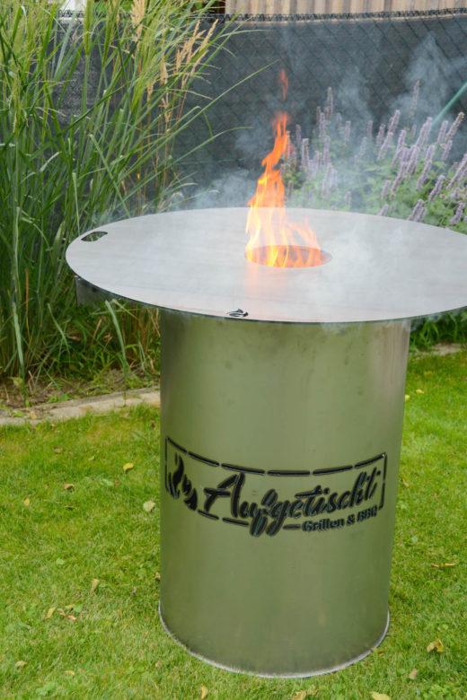 Feuerplatte & Feuertonne mit personal Branding