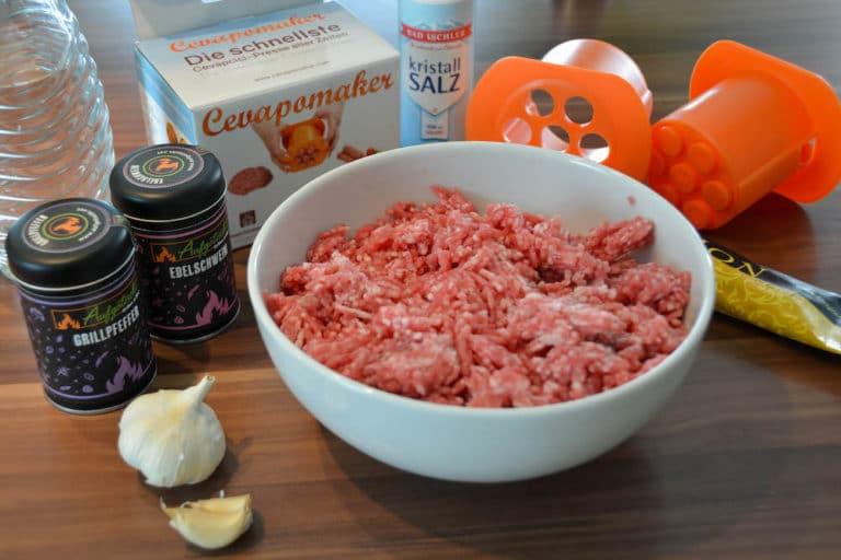 Zutaten für Original Cevapcici vom Grill