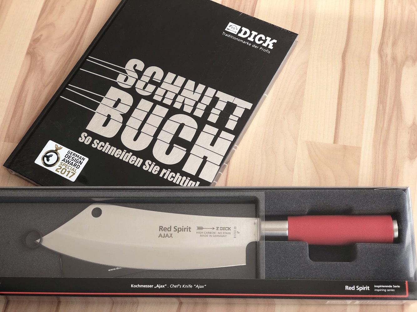Gewinne ein Ajax Messer aus der Red Spirit Serie , sowie ein Schnittbuch!