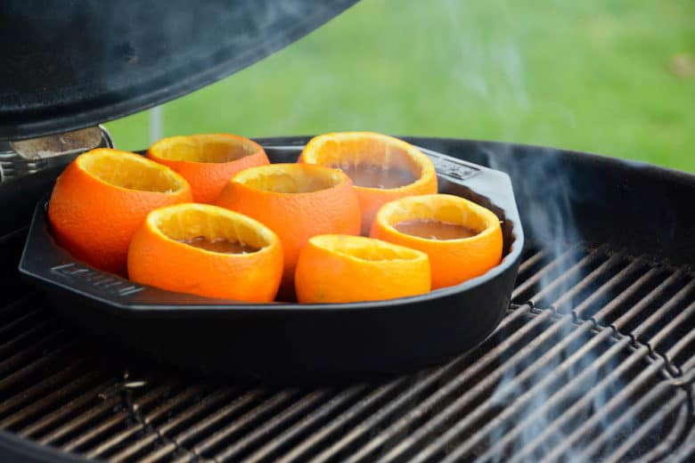 Schokokuchen aus der Orangenschale vom Grill