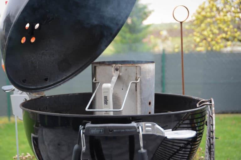 Den Grill vorbereiten und auf rund 180 Grad Einregeln