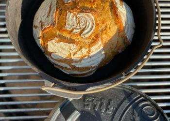 Weizenbrot aus dem Dutch Oven