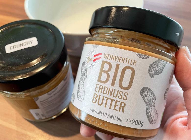 Bio Erdnussbutter aus dem Weinviertel - perfekt für unseren Erdnussbutter Dip