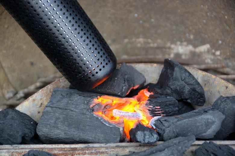 Looft Lighter X beim Anfeuern