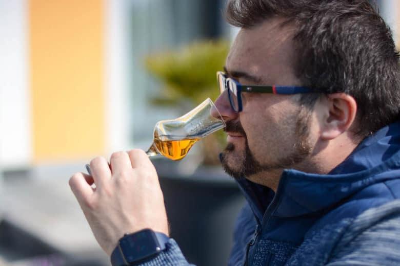 Eine Kostprobe des Spey Chairman's Choice Whisky